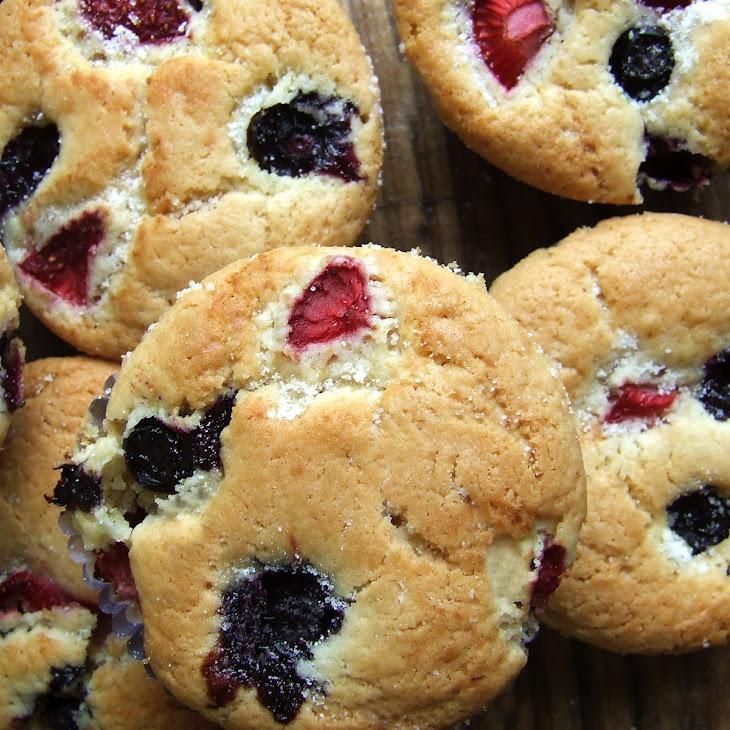 Strawberries and Blueberries Muffins - Vegan