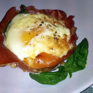 Basil and Prosciutto Egg Cups