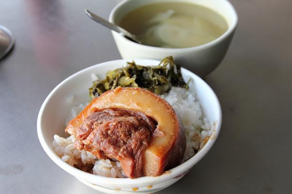 [食記] 台中 蕭爌肉飯