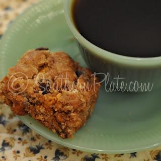 Oatmeal Raisin Scotchie Bars
