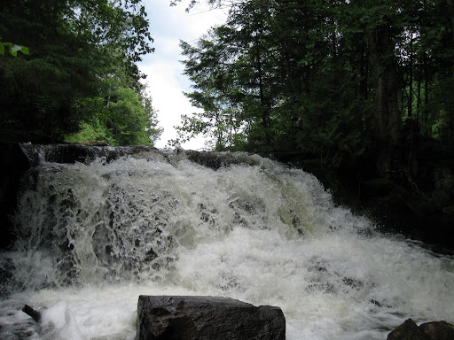 Waterfalls in Algonquin Park - Manitou Lake