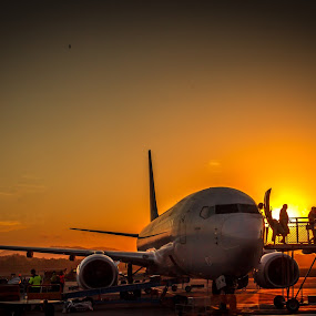 I wanna go home by Amro Labib - Transportation Airplanes ( natural light, queensland, airplanes, travel, transportation, landscape, airport, flying, backlit, stairs, airlines, passion, desert, airplane, up and down, airways, backgrounds, qantas, passenger, plane, national geographic, fly, gold coast, background, aircraft, australia, air, day, daylight )