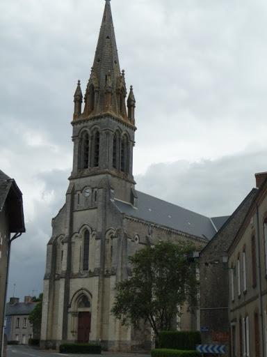 photo de eglise St Pierre/St Paul - ANGRIE -