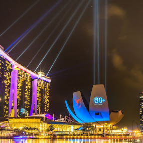 Earth Hour at Marina Bay Sands, Singapore by Teck Keong Chu - City,  Street & Park  Skylines ( marina bay sands, singapore )