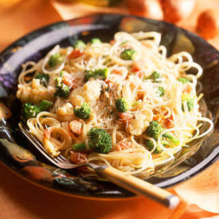 Pasta with Broccoli and Cauliflower in Mustard Sauce.