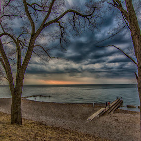 ARMS TO THE SKY by Kris Rowlands - Landscapes Waterscapes ( lorain, lakeview park, lake erie, photography )