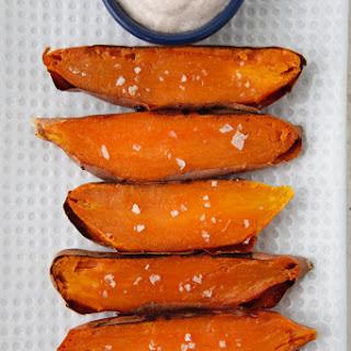 Sweet Potato Dippers with Pumpkin Spice Honey Yogurt Dip