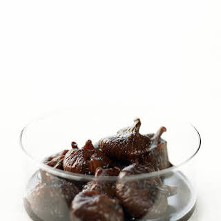 Figs Poached in Red Wine.