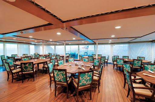 Tere-Moana-LaVeranda-dining-room - Look for lavish breakfasts and internationally themed lunch buffets at La Veranda, aboard Tere Moana.