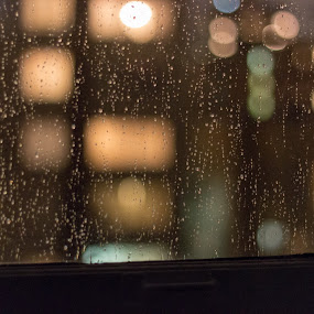 Rain and bokeh by Jordan Crick - Abstract Water Drops & Splashes ( canon, canada, things, ef 50mm, bc, lens, vancouver,  )