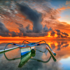 hello sunshine by I Made  Sukarnawan - Landscapes Cloud Formations ( sunset, boats, hot, sunrise, burning )