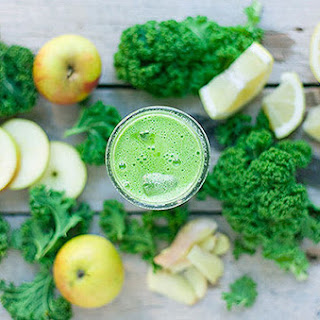 Debloat With This Delicious Green Smoothie.