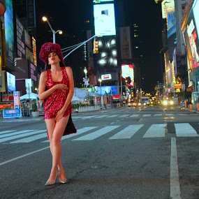 FAUSTINA IN TIMES SQUARE by Robert Hayman - People Fashion