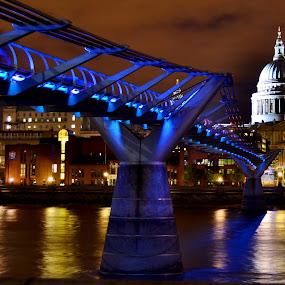 St Pauls at Night by Matt Hulland - City,  Street & Park  Night ( england, st pauls, london, millennium, night, cathedral, bridge )