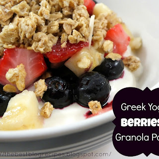 Greek Yogurt, Berries & Granola Parfait