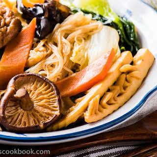 Buddha's Delight (Jai, Chinese Vegetarian Stew).
