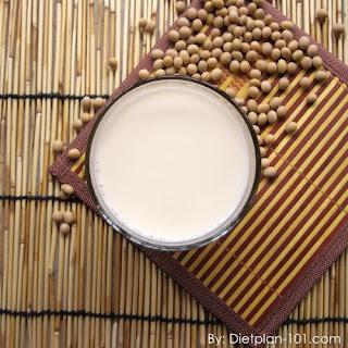 Homemade Sugar-Free Soybean Milk