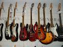 Fotos Gratis Música - Guitarras eléctricas en la tienda