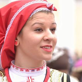 Bulgarian beauty by Plamen Stavrev - People Portraits of Women