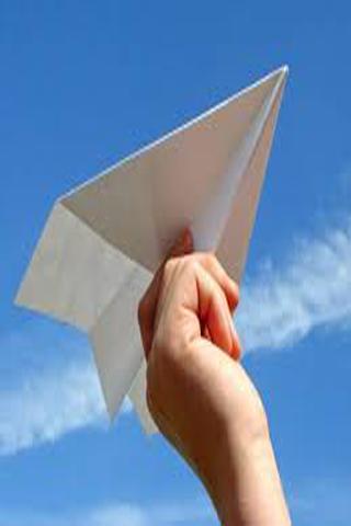 折り紙飛行機は遠く飛ぶ