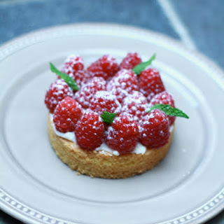 Breton Shortbread Cookies with Raspberries