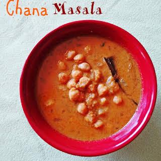 Chana Masala (Coconut Based Gravy).