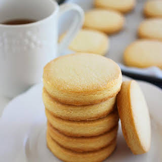 3-Ingredient Shortbread Cookies.
