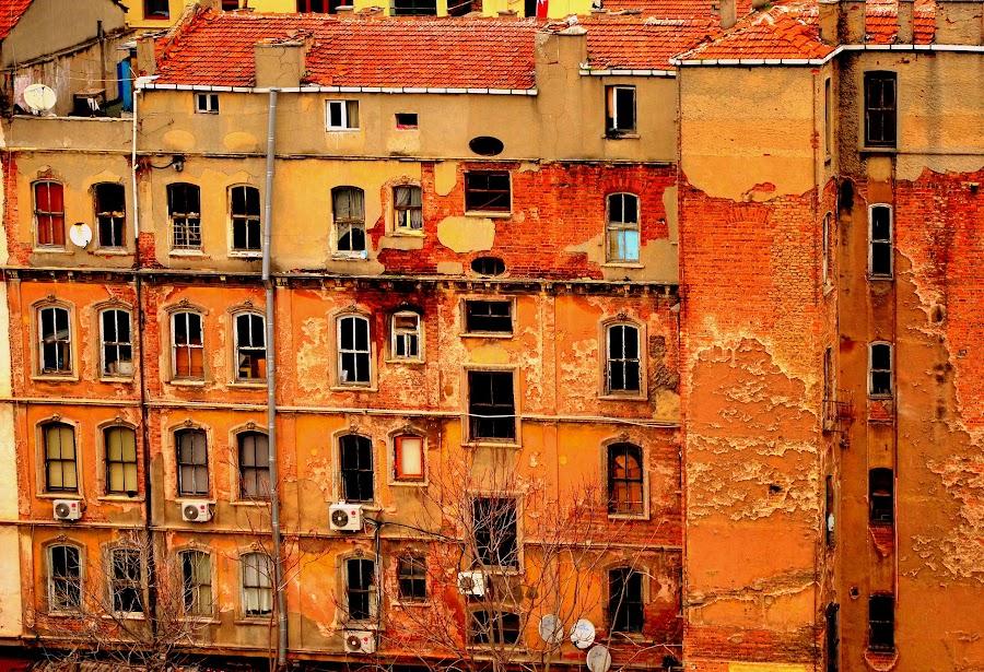 by Prajwal Prabhuraya - Buildings & Architecture Decaying & Abandoned