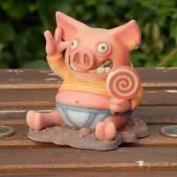豚のように幸せ..