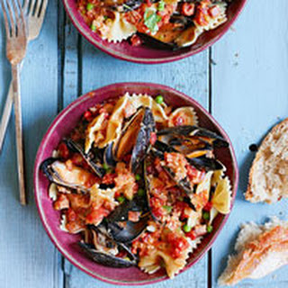 Pasta with Mussels and Vodka Cream Sauce.