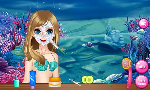 美人鱼温泉游戏的女孩