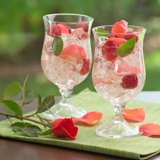 Indian Summer Raspberry Peach Sangria.
