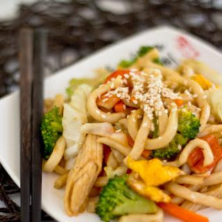 Stir-Fried Udon (炒烏冬)