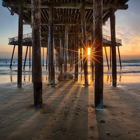 Pismo Pier Sunburst by Tom Reiman - Landscapes Sunsets & Sunrises ( colorful, sunset, pier, pismo, central california, seascape,  )