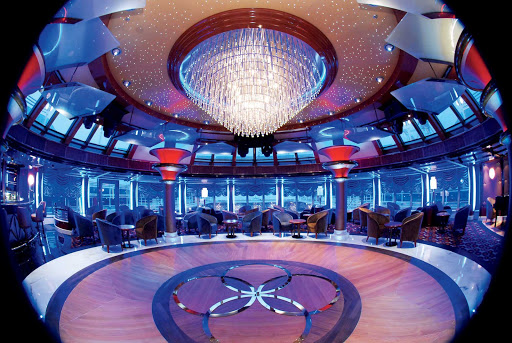 Cunard-Queen-Victoria-Hemispheres - Dance the night away to live bands in the Hemispheres lounge aboard Queen Victoria.