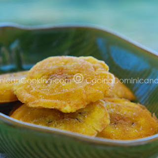 Tostones Recipe (Dominican Twice-Fried Plantains)
