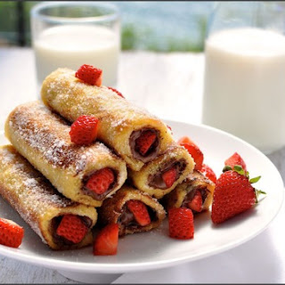 Strawberry Nutella French Bread Toast Roll Ups Recipe