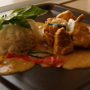 Chicken Curry with Coconut Milk and Greek Yogurt