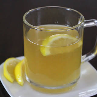 Honey Bourbon Hot Toddy Drink.