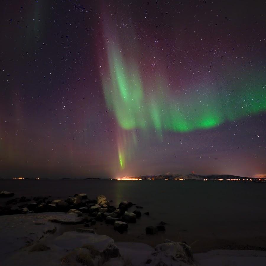 Northern lights by Marius Birkeland - Landscapes Starscapes ( sky, aurora borealis, aurora, sea, arctic )