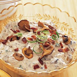 Mushroom-and-Bacon Dip.