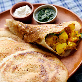 Classic Masala Dosa (Dosa With Potato Filling)