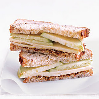 Cheddar and Apple Sandwich Recipe