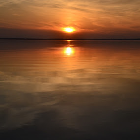 Sunset at Dewey Beach by Raymond Paul - Landscapes Sunsets & Sunrises ( sunset, bayside )