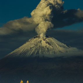 POpocatepetl, this morning by Cristobal Garciaferro Rubio - Landscapes Mountains & Hills ( volcano, eruption, snowy volcano, smoking volcano )