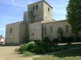 photo de Eglise de Bazoges en Pareds