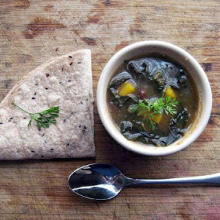 Kale and Black bean chile verde