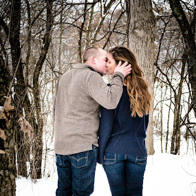 Snowy Engagement Session by Jess Anderson - People Couples ( winter, snow, snowy, couple, engagement ring, engagement )