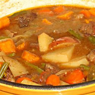 Mom's Portuguese Beef Stew