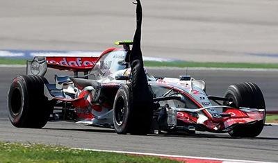 B And B Auto >> Formula One Seasons: Formula 1 crash